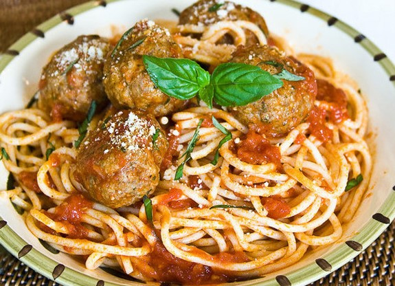 Spaghetti and Meatballs paired with Piattelli Malbec